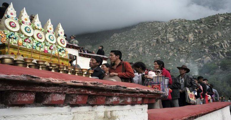 في-العام-الماضي-،-جاء-الكثير-من-السياح-إلى-التبت-،-وكسبوا-مليارات-عديدة