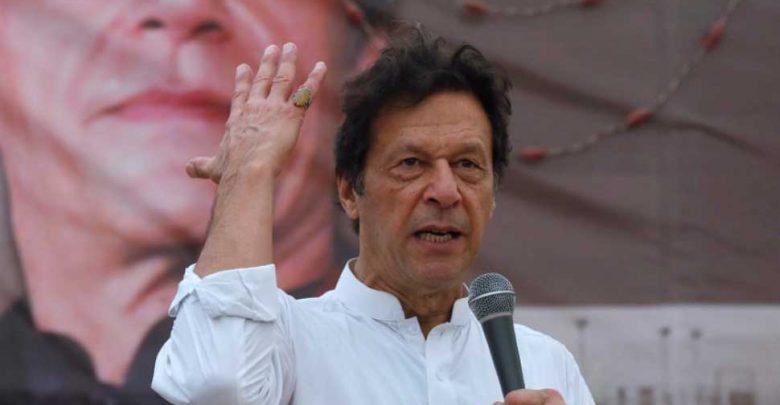 فيما-يتعلق-بالتوتر-مع-الجيش-الباكستاني-،-قال-عمران-خان-–-لست-خائفًا-لأن-…
