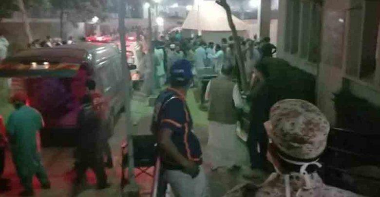 باكستان:-تم-تفريغ-الحاويات-من-السفينة-،-وانتشر-الغاز-السام-فقط-،-وقتل-8-،-100-حرجة
