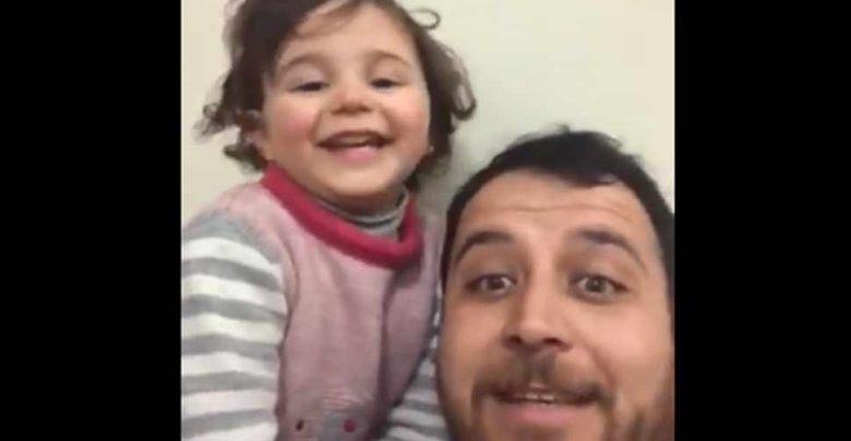 كانت-الفتاة-تضحك-مع-بابا-عندما-انفجرت-القنبلة-،-والآن-وجدت-ملجأ-في-تركيا