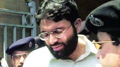 قضية-دانييل-بيرل-القتل:-وزير-الداخلية-الباكستاني-وجهاز-المخابرات-الباكستاني-سيفرج-عن-الإرهابي-عمر-شيخ-قريبًا-؛-المحكمة-تغير-حكم-الإعدام