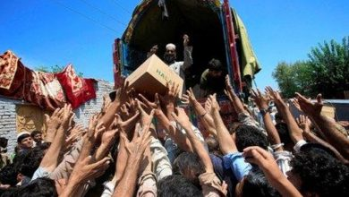 باكستان:-خرج-ملايين-الأشخاص-إلى-الشوارع-مطالبين-بحصص-غذائية-بسبب-الإغلاق