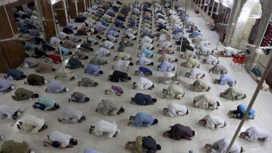 هل-يمكن-أن-تكون-هذه-الخطوة-انتحارية-لباكستان؟-صلاة-الجماعة-في-المسجد-في-رمضان