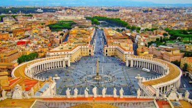 رئيس-الفاتيكان-كاردينال-يستقيل-من-منصبه-بعد-فضيحة