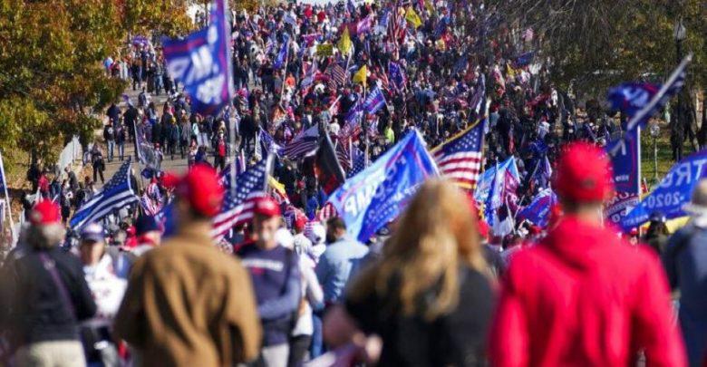 عنف-في-واشنطن-واشتباكات-مع-محتجين-مناهضين-لترامب