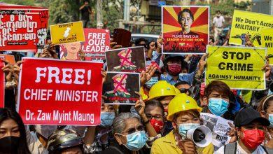 بدأ-القمع-العنيف-لمن-يعارضون-الانقلاب-العسكري-في-ميانمار-،-وقتل-3-منهم-برصاص-الشرطة