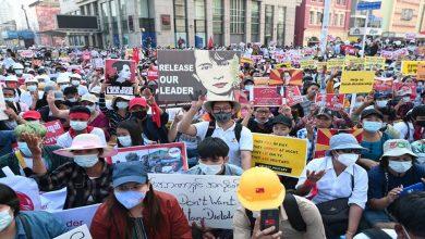 تواصلت-الاحتجاجات-ضد-الانقلاب-العسكري-في-ميانمار-،-مما-أدى-إلى-ارتفاع-عدد-القتلى-في-المظاهرات