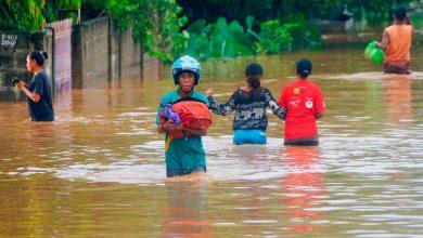 فيضانات-بسبب-الأمطار-الغزيرة-في-إندونيسيا-،-توفي-23-شخصًا-؛-الآلاف-من-المشردين