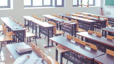 يعد-الطلاب-تقريرًا-مزيفًا-عن-كورونا-لتجنب-الذهاب-إلى-المدرسة-،-والآن-أصبح-العمل-معلقًا-بالسيف