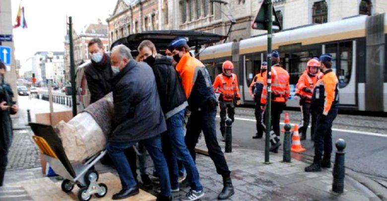 إيطاليا:-المعبود-المسروق-قبل-10-سنوات-،-يذهب-رجال-الشرطة-الآن-في-نزهة-على-الأقدام-أثناء-العطلة