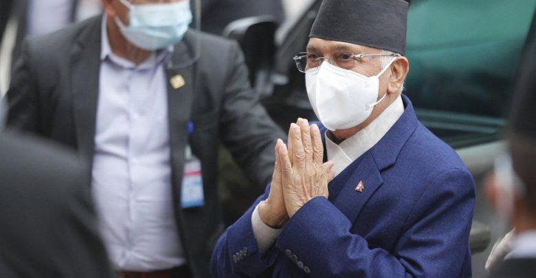 """نيبال:-لم-يستطع-رئيس-الوزراء-أولي-إنقاذ-حكومته-،-لكن-لا-يزال-""""الوزراء""""-الجدد-يبدون-ضجة"""
